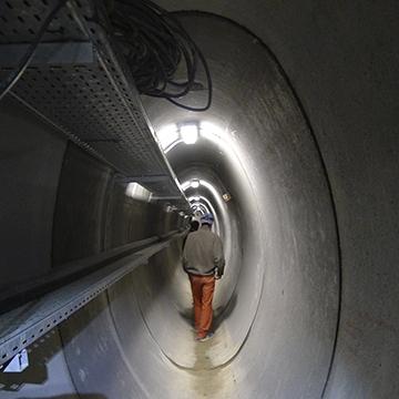 Couloir souterrain éclairage